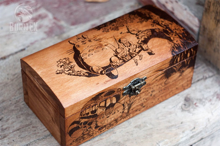 Wooden engraved box totoro