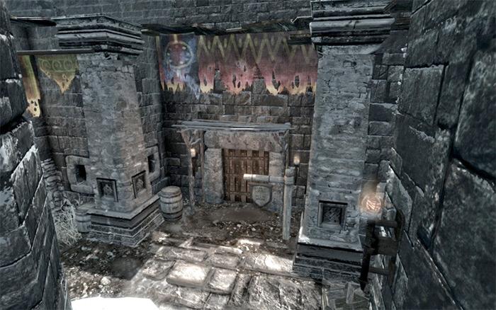 Sadris Used Wears in Skyrim