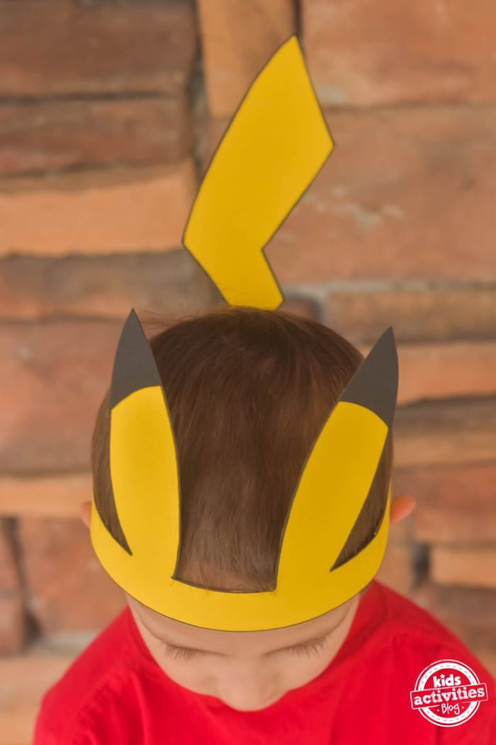 Cardstock pikachu hat