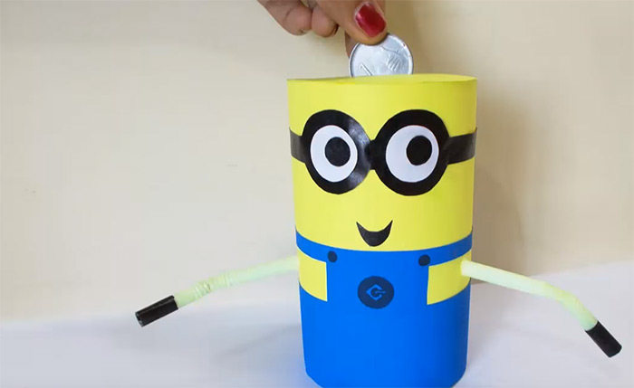 Recycled minion piggybank