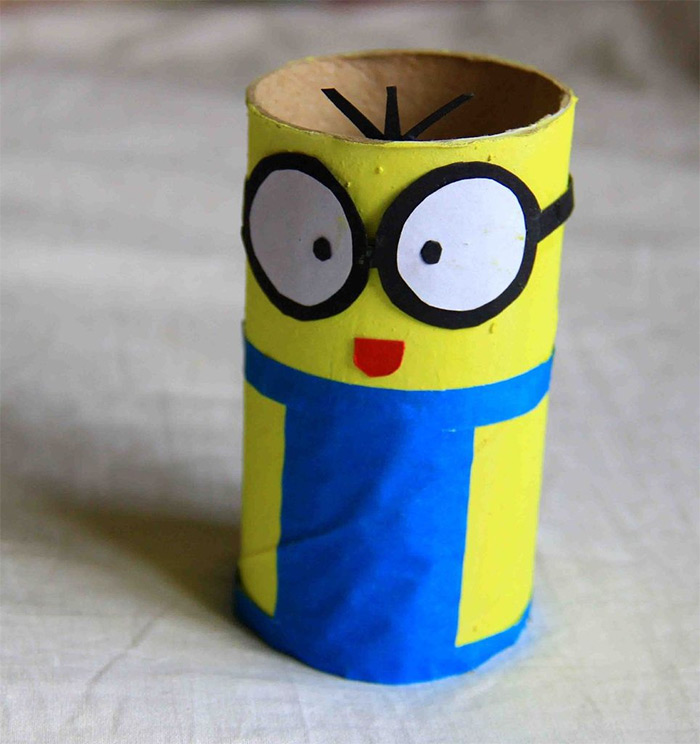 tissue roll minion