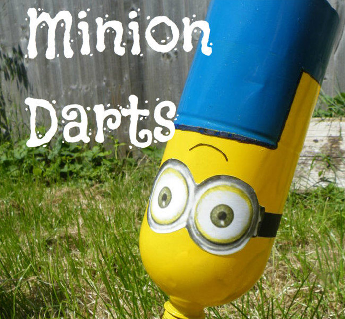 Lawn darts set for minion