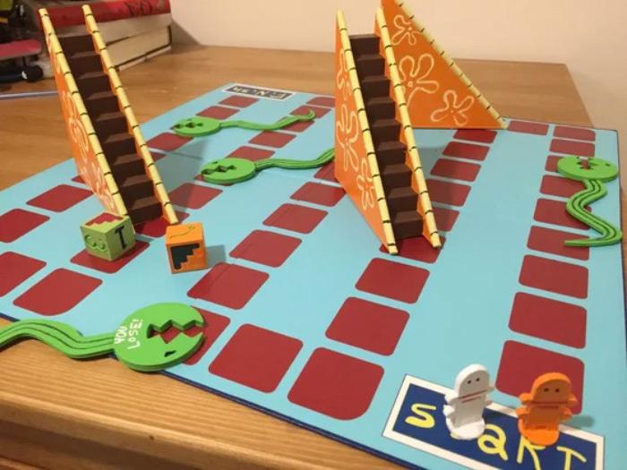 Realistic eels and escalators board game - diy project