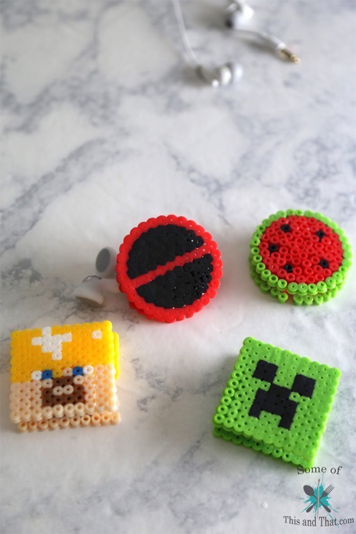 DIY earbud holder minecraft